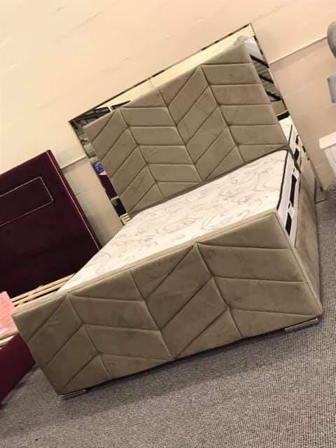 Luxusní manželská single postel Prague online obchod